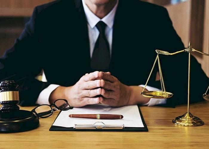 اولین قدم برای یافتن بهترین وکیل تهران، درک مشکل یا مسئله پیش روی شماست.